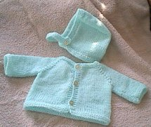 Hearts of Gold Preemie Knits Raglan Sweater